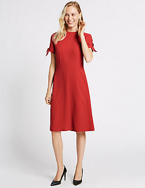 Tie Cuff Shift Midi Dress