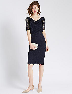 Slim Fit Geometric Scallop Lace Shift Dress