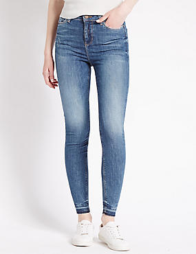 Limited Lift Skinny Jeans