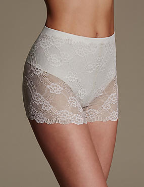 Light Control Floral Lace Shorts