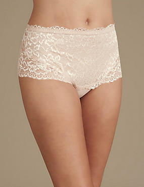 All Over Lace Light Control Secret Slimming™ Thong