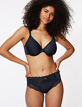 Light As Air™ Padded Underwired Bra A-E, NAVY, catlanding
