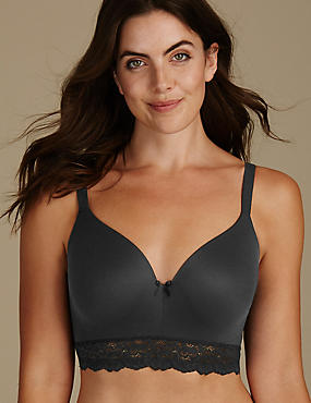 Sumptuously Soft Padded Full Cup T-Shirt Bra A-E, BLACK, catlanding