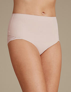 Smooth Lines High Leg Shaping Knicker