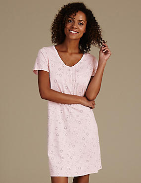 Daisy Print Nightdress with Cool Comfort™ Technology