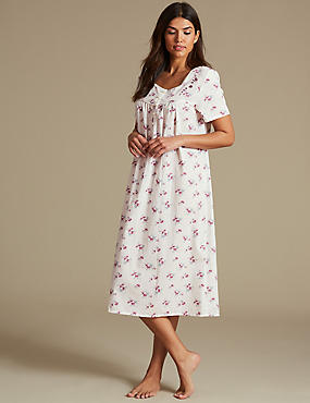 Cotton Blend Ditsy Floral Print Nightdress