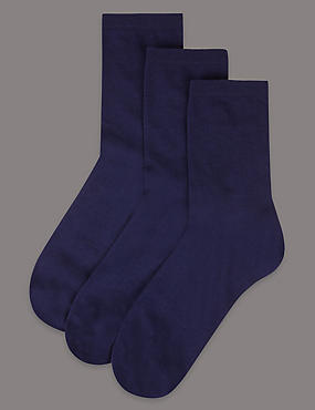 3 Pair Pack Cotton Rich Ankle High Socks