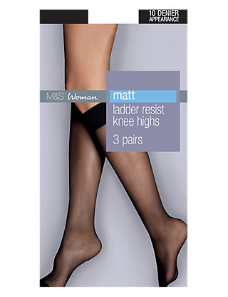 10 Denier Freshfeet™ Ladder Resist Matt Knee High 3 Pair Pack Clothing