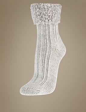 Boucle Cuff Ankle High Socks