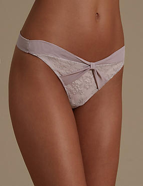 Chantilly Lace Bow Thong