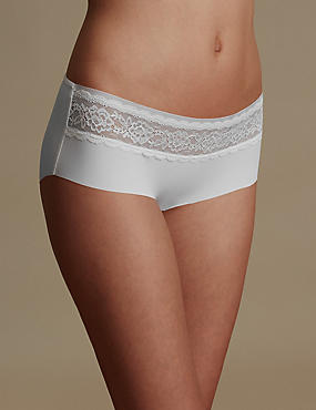 Smoothlines™ No VPL Lace Low Rise Shorts