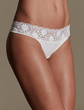 Lace Trim No VPL Thong
