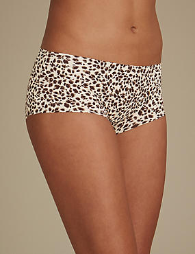 Animal Print Low Rise Shorts