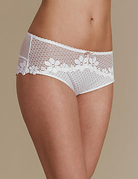 Daisy Lace Low Rise Shorts