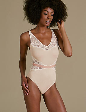 Athleisure Lace Detailed Body