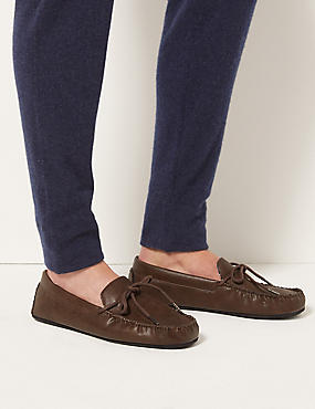 Moccasin Slippers with Freshfeet™, BROWN, catlanding