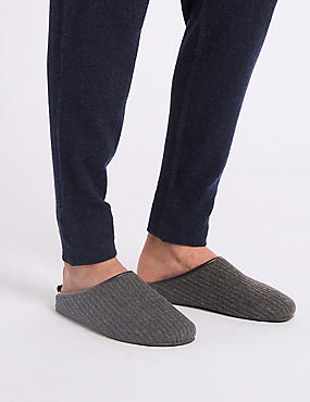 Slip-on Mule Slippers with Freshfeet™, CHARCOAL, catlanding