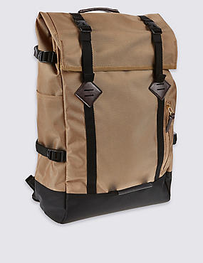 Adjustable Straps Rucksack
