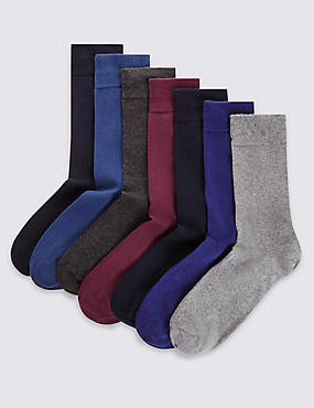 7 Pairs of Freshfeet™ Cotton Rich Socks with Silver Technology