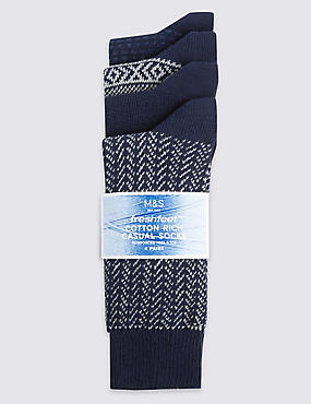 4 Pairs of Freshfeet™ Cotton Rich Chevron Socks with Silver Technology