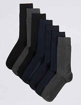 7 Pairs of Cool & Freshfeet™ Cotton Rich Socks