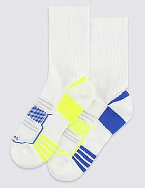 2 Pairs of Freshfeet™ Full Length Sports Socks with Silver Technology