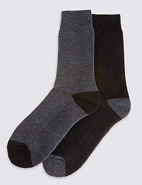 2 Pairs Of Ultraheat thermal Socks