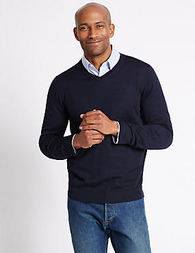 Pure Merino Wool V-Neck Jumper, NAVY, catlanding