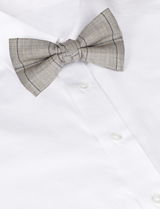 Best of British Large Check Bow Tie Clothing