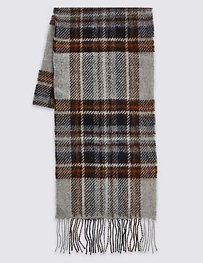 Lambswool Classic Royal Stewart Check Scarf