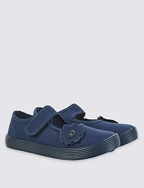 Kids' Riptape Plimsolls (13 Small - 4 Large)