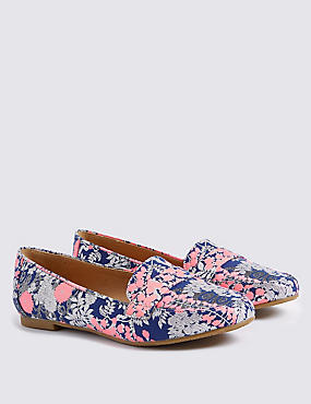 Kids' Jacquard Print Loafers