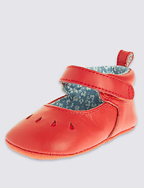Kids' Leather Cut Out Pram Shoes