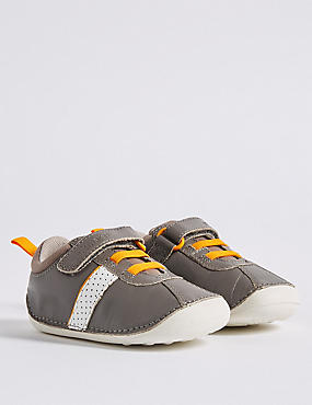 Kids' Walkmates™ Fashion Trainers (2 Small - 5 Small), GREY, catlanding
