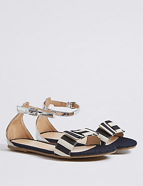 Kids' Striped Sandals