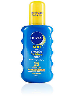 Protect & Moisture Sun Sprays SPF 15 200ml