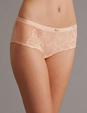 Dentelle Lace Low Rise Shorts