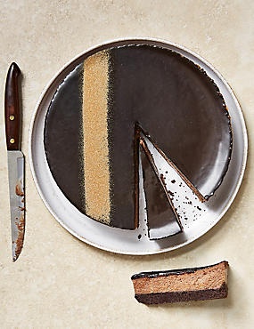 Chocolate & Salted Caramel Cheesecake