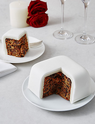 Best Way To Store An Iced Fruit Cake