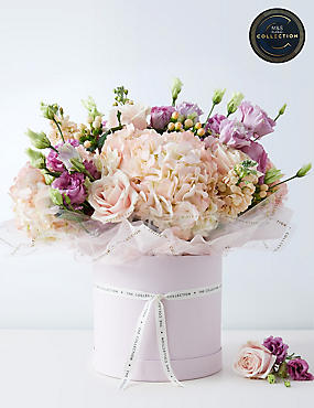 The Collection Wonderful Mother's Day Hat Box Bouquet (Pre-order for free delivery from 6th March)