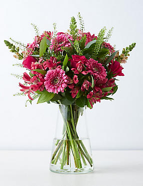 Mother's Day Country Delight Bouquet (Pre-order for free delivery from 6th March)