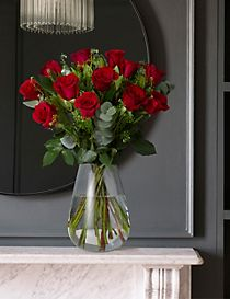 Autograph™ Freedom Roses – 50% extra free (18 stems for price of 12)