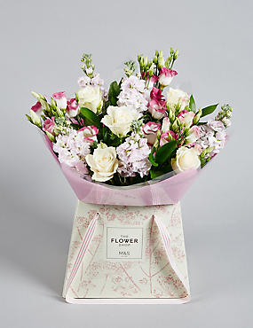 Rose & Lisianthus Gift Bag