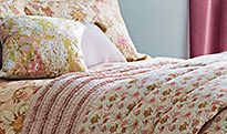 Floral patterned bedding set with floral bedspread