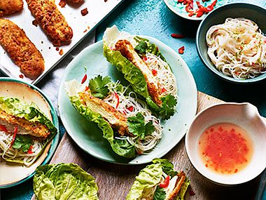 Southern fried no-chicken tenders in lettuce cups