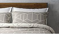 Geometric pattern bed set