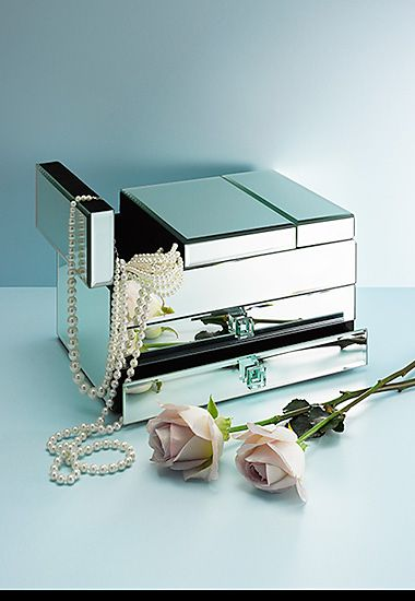 Art Deco-style jewellery box