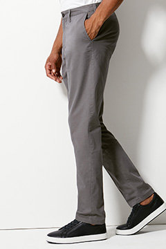 Man wearing tapered chinos