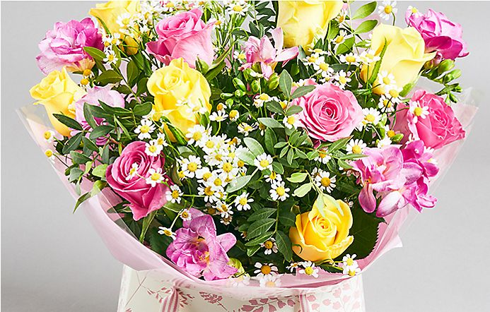c4554882575 Yellow and pink rose and freesia gift bag