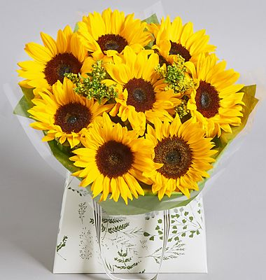 Take £5 off our bright sunflower gift bag